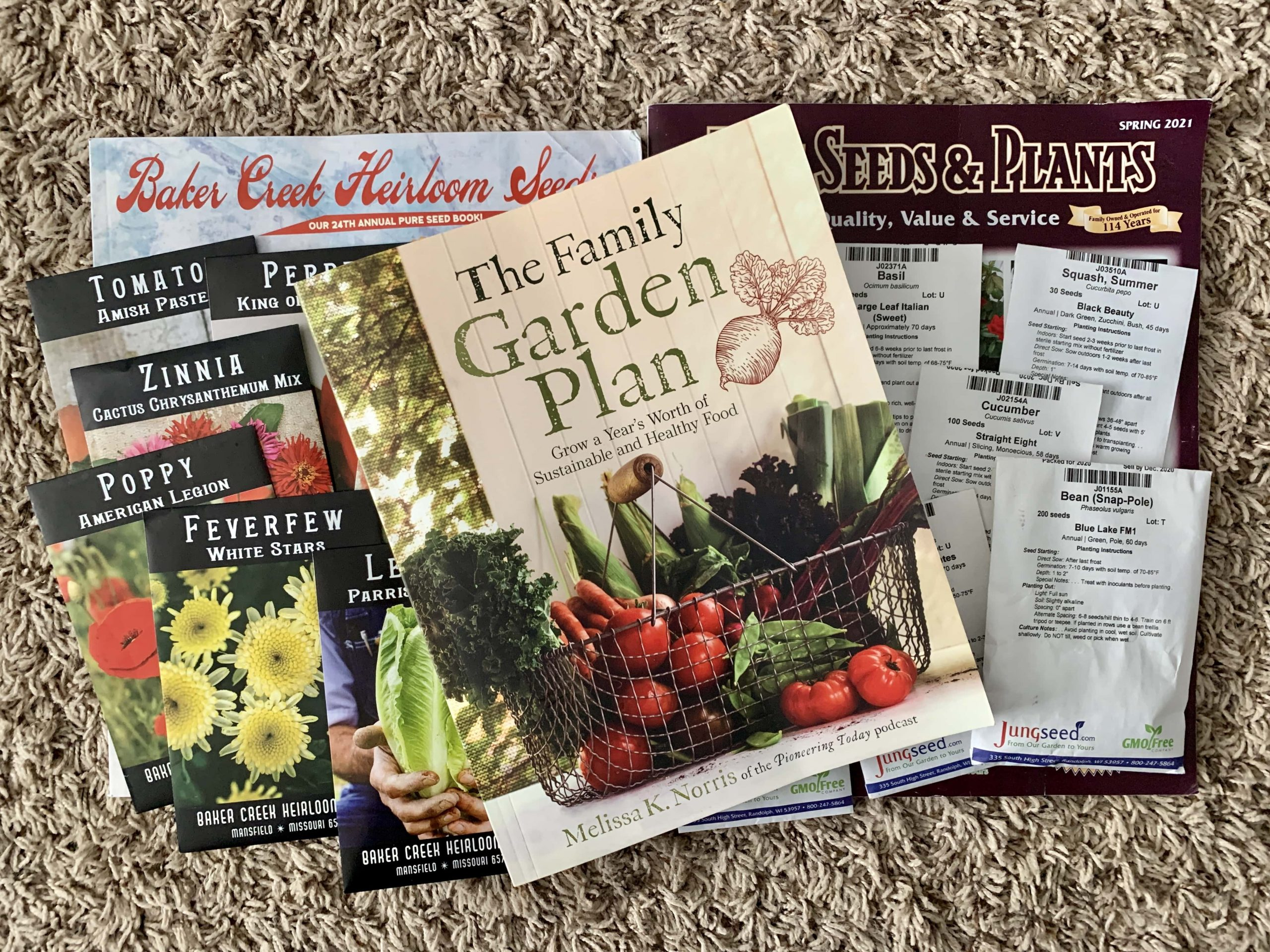 Book Review: The Family Garden Plan | Homesteaders of Michigan